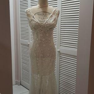 White house black market  dress, size Large